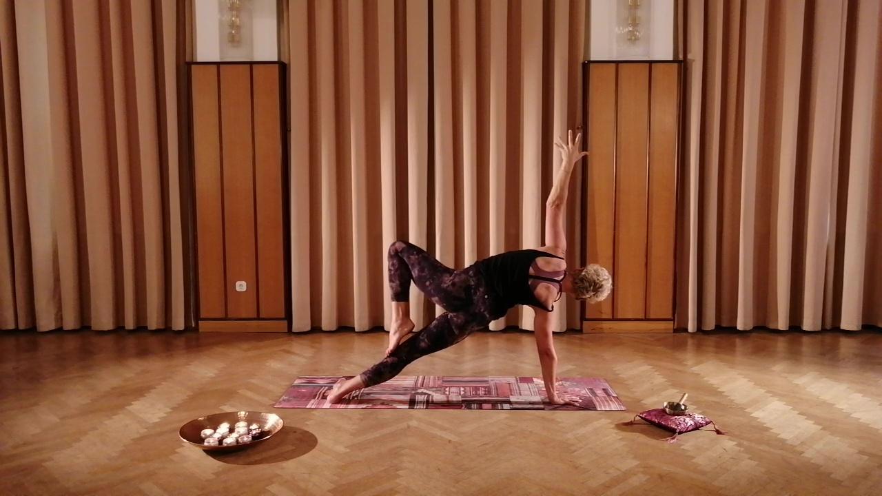 Yoga Video 04